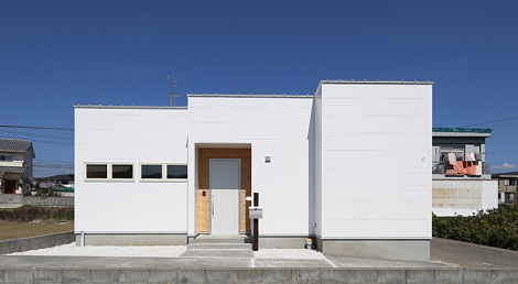 シンプルで機能的な平屋の家、見学会します